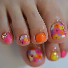 31 easy pedicure designs for spring flower pedicure designs