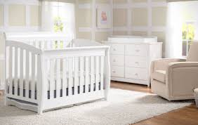 Target Convertible Cribs by Table Awesome Delta Crib Target Delta Children Bentley S Series