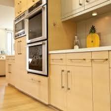 Photos HGTV - White oak kitchen cabinets