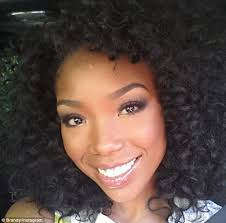 brandy norwood d soft dread hairstyles natural beauty brandy norwood displays her diy hair and make up