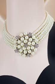 hepburn diamants sur canapé collier perles strass swarovski hepburn crème accessoires