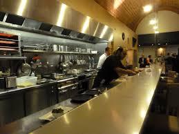 restaurant cuisine ouverte l équipe de cuisine