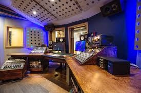 Tiny House Music Studio Bluelight Studio Your Creativity Is Our Passion