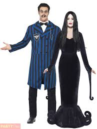 Adam Family Halloween Costumes by Spooky Costume Ideas 8 The Addams Family Goofbid Blog