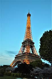 Large Eiffel Tower Statue 3 Days In Paris Round The World Magazine