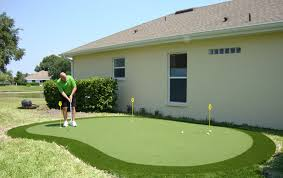 Putting Turf In Backyard Backyard Synthetic Putting Greens The Ulitimate Back Yard