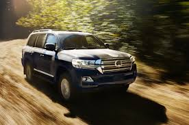 land cruiser toyota 2017 the motoring world usa the 2017 toyota land cruiser remains