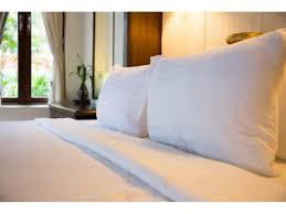 Huge Pillow Bed Touch Stay