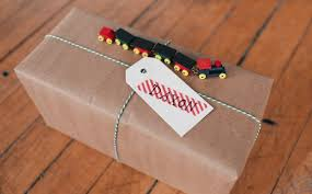 diy christmas train wrapping idea gimme some oven