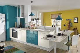 cuisine peinture peinture de cuisine comment faire entrer la couleur travaux com