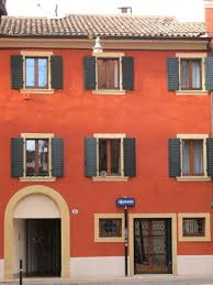 casa rossa sofa la casa rossa apartment in homeaway verona