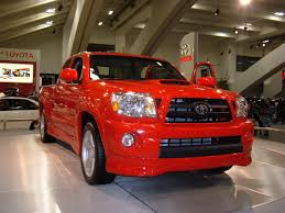 red toyota file 2005 red toyota tacoma x runner jpg wikimedia commons