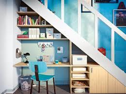 rangement combles ikea meuble range chaussures sous escalier un aménagement sur mesure