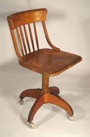 chaise de bureau en bois à excellent chaise bureau bois evergreen beraue cuir de et metal