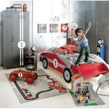 Lit Enfant Maison Du Monde by Letto Per Bambini A Forma Di Auto Circuit Habitaciones