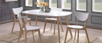 D Coratif Table A Manger D Coratif Table A Manger Bois Et Blanc Living Room Styles Rooms