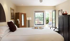 official website for gaige house glen ellen luxury bed