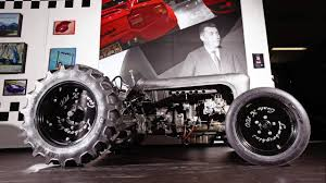 first lamborghini tractor top marques 2017 trattore lamborghini centenario youtube