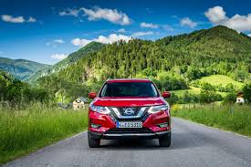 new nissan sports car 2017 nissan x trail 2017 facelift review by car magazine