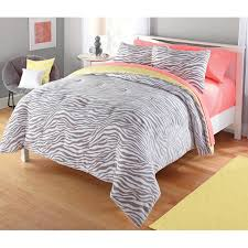 pixel comforter set size twin