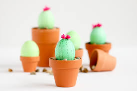 Easter Egg Decorating Ideas Space by 5 Super Cute Last Minute Easter Egg Decorating Ideas Curbly