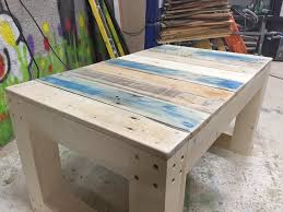 Diy Woodworking Coffee Table by Diy Wooden Pallet Coffee Table Bench 99 Pallets