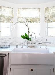 Kitchen Sink Size And Window by Kitchen Sink Under Window Design Ideas