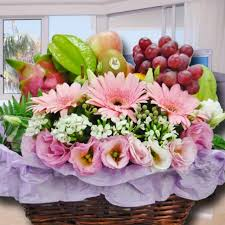 flowers fruit fruit baskets fresh fruits baskets fruit and gift baskets