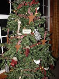 primitive christmas tree https farm1 staticflickr 163 336355443 78405