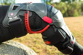 hinged motocross boots first look mobius x8 knee braces motocross feature stories