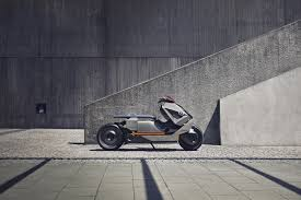 bmw bike concept bmw u0027s new concept motorcycle looks like it belongs in blade runner