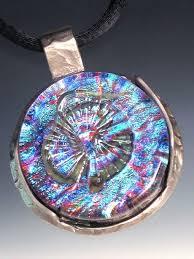 art glass necklace pendant images Dee janssen glassworks art glass jewelry pendants necklaces jpg