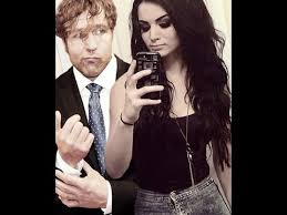 Boobs Meme - dean ambrose touches paige s boobs memes youtube