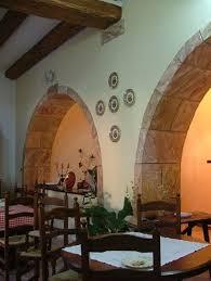 arco in pietra per interni scenografia e decorazioni creazioni d arte di giorgio sedda