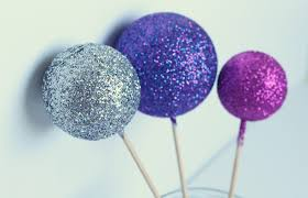Glitter Christmas Ornaments With Glue by Diy Glitter Bauble Decorations