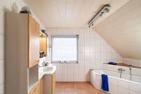 badezimmer dachschrge bad unter der dachschräge bad badezimmer dusche und whirlpool