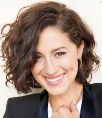 hairstyles for wavy hair low maintenance 20 feminine short hairstyles for wavy hair easy everyday hair