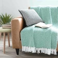 plaid turquoise pour canapé recouvrir canape beau cuir en comment set images plaid pour d angle