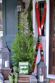 Country Christmas Decorations For Front Porch by Christmas Front Porch 2014 Cottage In The Oaks