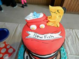 bonbon baby shower one fish two fish red fish new fish babyshower cake