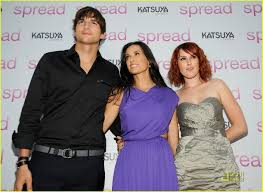 rumer willis has a fun family photo 2101231 ashton kutcher