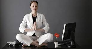 Yoga Poses You Can Do At Your Desk Get Fit In The Office With These 5 Fat Burning Yoga Poses Read