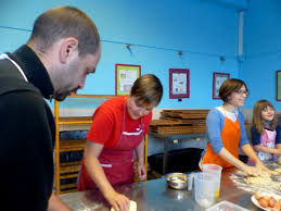 cours de cuisine charleroi societe un atelier de boulangerie qui crée du lien sudinfo charleroi