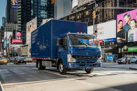 future bentley truck daimler u0027s all electric ecanter box truck is ready for work roadshow