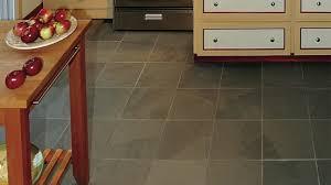 plancher en ardoise pour la cuisine rénovation bricolage