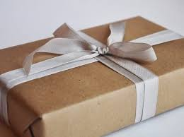 chic wrapping paper beauty and the green its a wrap chic eco friendly gift wrapping