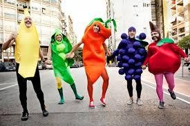 Hilarious Costumes 21 Hilarious Group U0026 Trio Halloween Costume Ideas Page 3