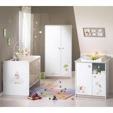 stickers girafe chambre bébé la girafe avec beautiful chambre complete bebe winnie lourson