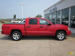 dodge dakota crew cab 4x4 for sale 2007 dodge dakota slt cab 4x4 in inferno pearl