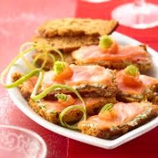 canapés saumon fumé recette culinaire canapés de d épices au saumon fumé